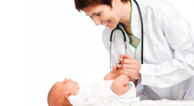 Bebé de 1 mes, revisión médica