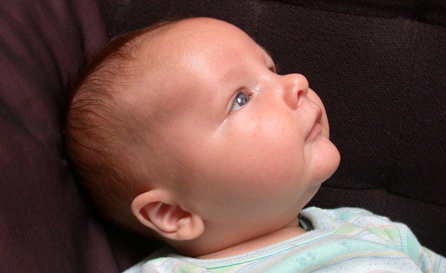 El beb de 3 meses en el pediatra - Regalo bebe 3 meses ...