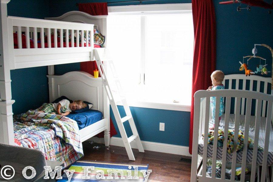 10 Habitaciones compartidas por un bebé y su hermano - Menudos Bebés