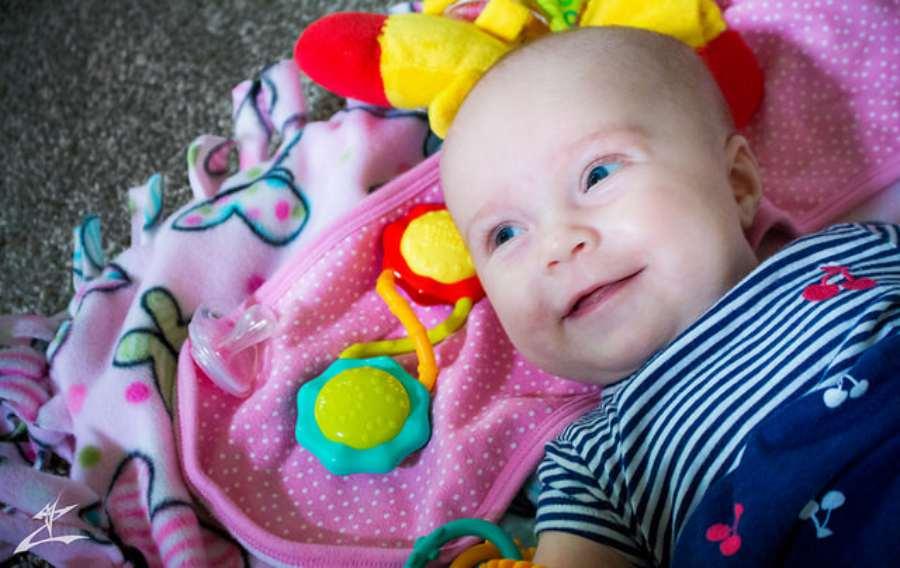 Desarrollo emocional y físico bebé 3 meses