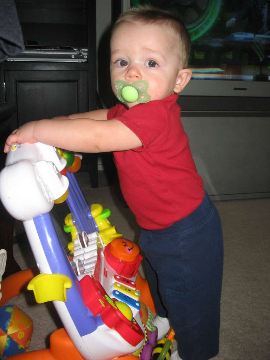 Beb 8 meses desarrollo f sico y emocional de tu hijo - Tos bebe 2 meses ...