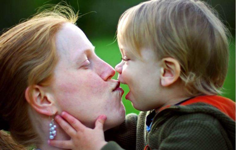 Día de la Madre: bonitas frases para una madre
